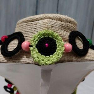 Jewelry - Women's Floral Crochet Beaded Necklace